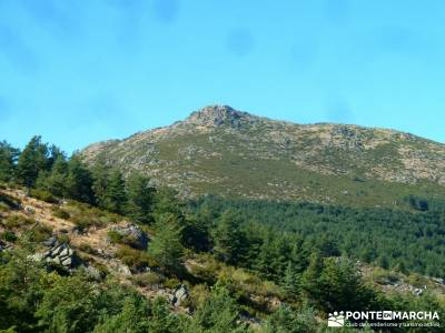 Pico Santuy; El Cerrón; sierra de navacerrada mochilas de trekking sierra de gredos senderismo